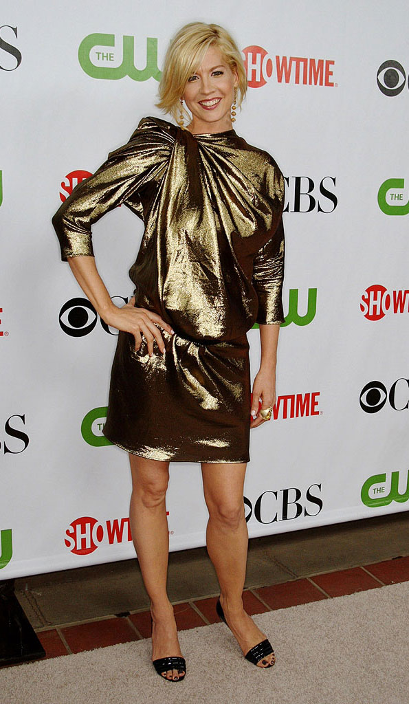 "Jenna Elfman (""Accidentally on Purpose"") arrives at the CBS, The CW, and Showtime 2009 TCA Summer Tour All-Star Party held at the Huntington Library on August 3, 2009 in Pasadena, California."