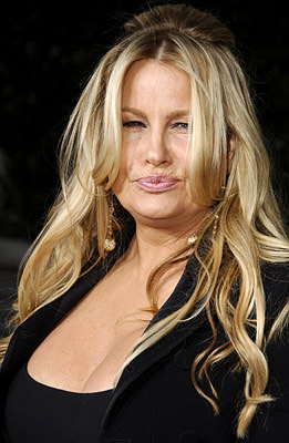Premiere: Jennifer Coolidge at the LA premiere of Universal's American Dreamz - 4/11/2006