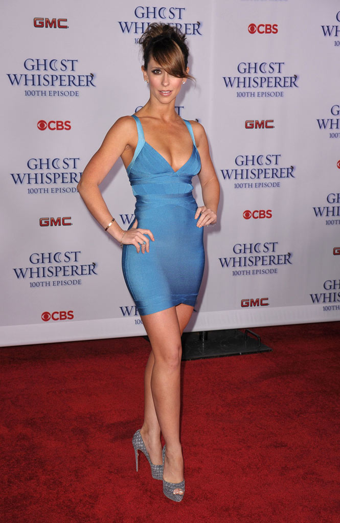 "Jennifer Love Hewitt arrives to the ""Ghost Whisperer"" 100th Episode Celebration at XIV on March 1, 2010 in West Hollywood, California."