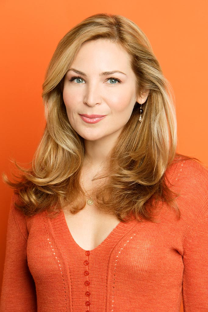 Jennifer Westfeldt stars as Lauren in Notes from the Underbelly on ABC.