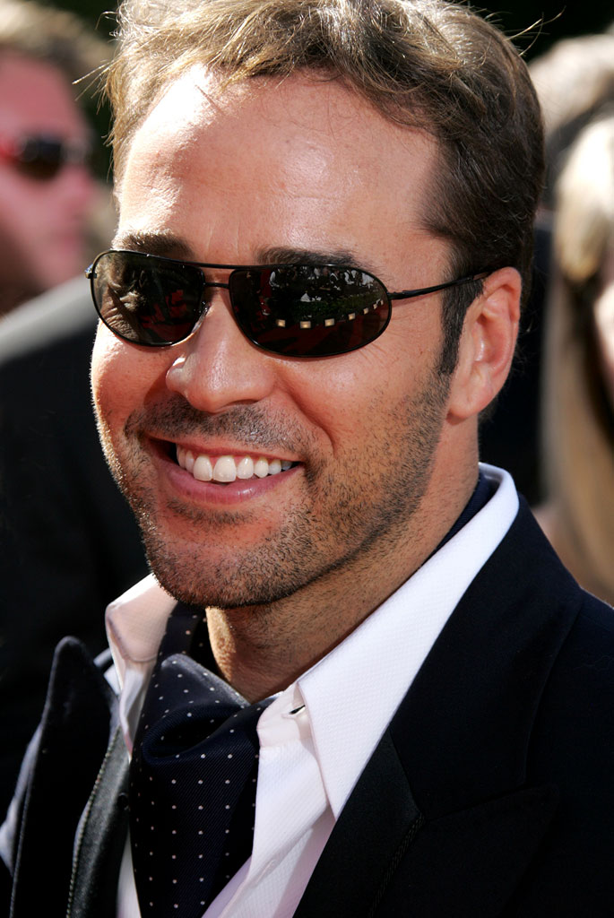 Jeremy Piven at The 58th Annual Primetime Emmy Awards.