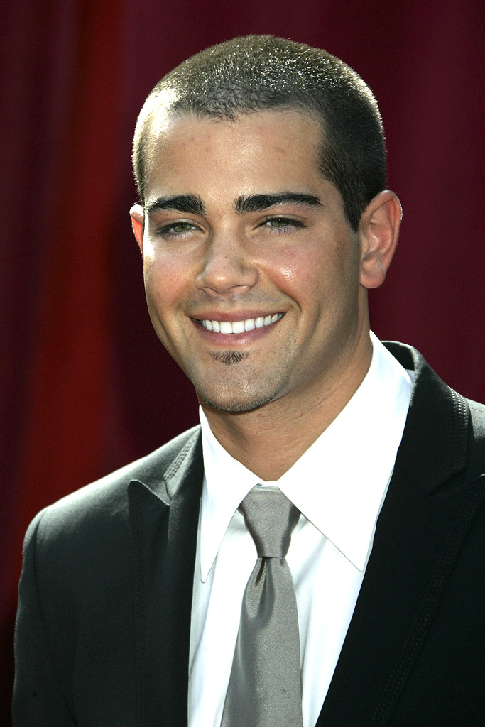 Jesse Metcalfe at The 57th Annual Emmy Awards.