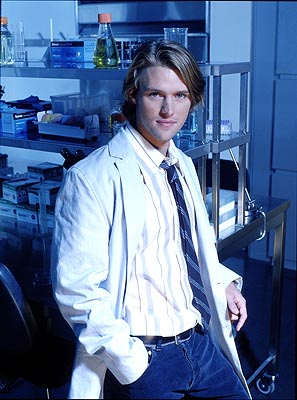 "Jesse Spencer as Dr. Robert Chase Fox's ""House"""
