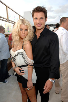 Jessica Simpson and Nick Lachey MTV Video Music Awards 2005 - Arrivals - 8/28/05