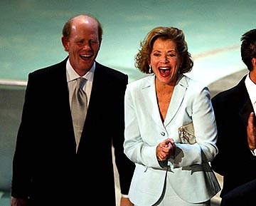 "Ron Howard and Jessica Walter of ""Arrested Development"" Outstanding Comedy Series Emmy Awards - 9/19/2004"