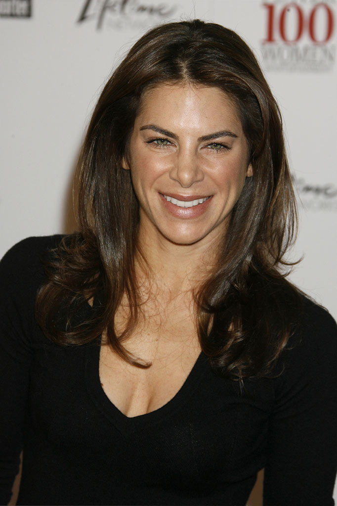 Jillian Michaels arrives at The Hollywood Reporter's Annual Women In Entertainment Breakfast at Beverly Hills Hotel on December 5, 2008 in Beverly Hills, California.