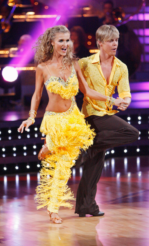 "Joanna Krupa and Derek Hough perform the Salsa to ""Meddle"" by Little Boots on ""Dancing with the Stars."""