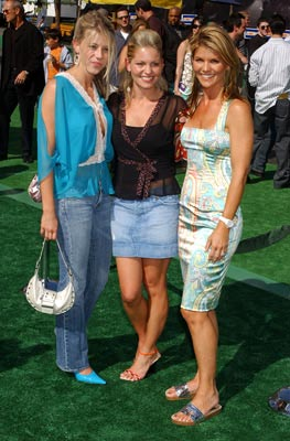 Premiere: Jodie Sweetin, Candace Cameron and Lori Loughlin at the world premiere of Warner Brothers' New York Minute - 5/1/2004 Jodie Sweetin