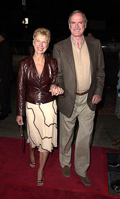 Premiere: John Cleese and wife at the Hollywood premiere of MGM's Heartbreakers - 3/19/2001