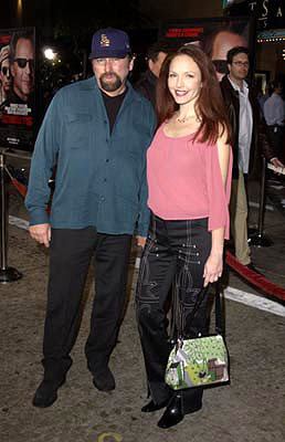 Premiere: John Ritter and Amy Yasbeck at the Westwood premiere of MGM's Bandits - 10/4/2001