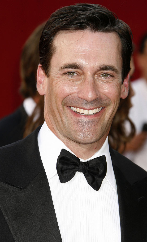 Jon Hamm arrives at the 61st Annual Primetime Emmy Awards at the Nokia Theatre L.A. Live on September 20, 2009 in Los Angeles, California.