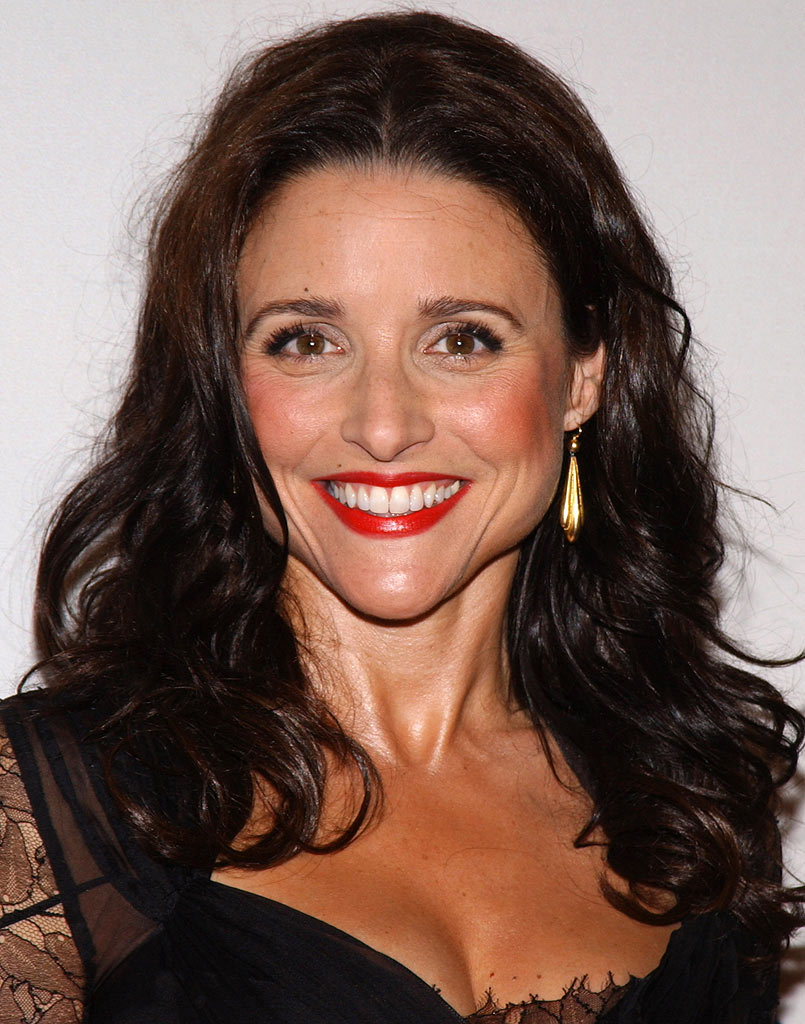 Julia Louis-Dreyfus at The Museum of Television & Radio Honoring Leslie Moonves and Jerry Bruckheimer. October 30, 2006