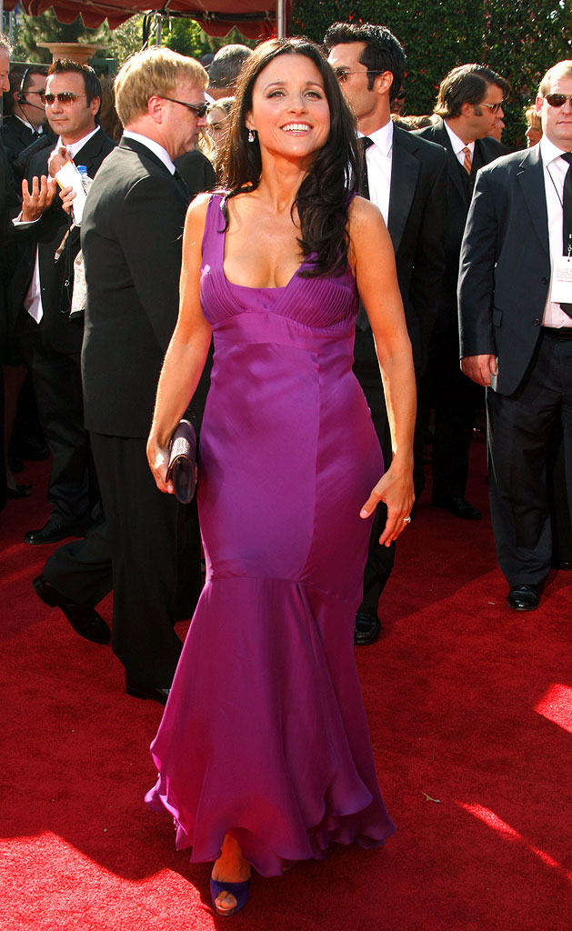 Julia Louis-Dreyfus arrives at the [/ytvperson] 59th Annual Primetime Emmy Awards at the Shrine Auditorium on September 16, 2007 in Los Angeles, California.