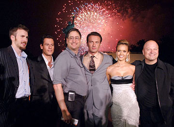 Premiere: Chris Evans, Ioan Gruffudd, Fox Films Chairman Tom Rothman, Julian McMahon, Jessica Alba and Michael Chiklis at the New York premiere of 20th Century Fox's Fantastic Four - 7/6/2005