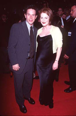 Premiere: Mark Wahlberg and Julianne Moore at the Hollywood premiere of New Line's Boogie Nights - 10/15/1997