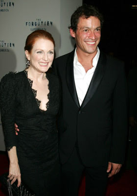 Premiere: Julianne Moore and Dominic West at the New York premiere of Revolution Studios' The Forgotten - 9/21/2004