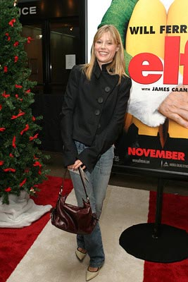 Premiere: Julie Bowen at the New York premiere of New Line's Elf - 11/2/2003