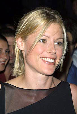 Premiere: Julie Bowen at the New York City premiere of Lions Gate's O - 8/21/2001