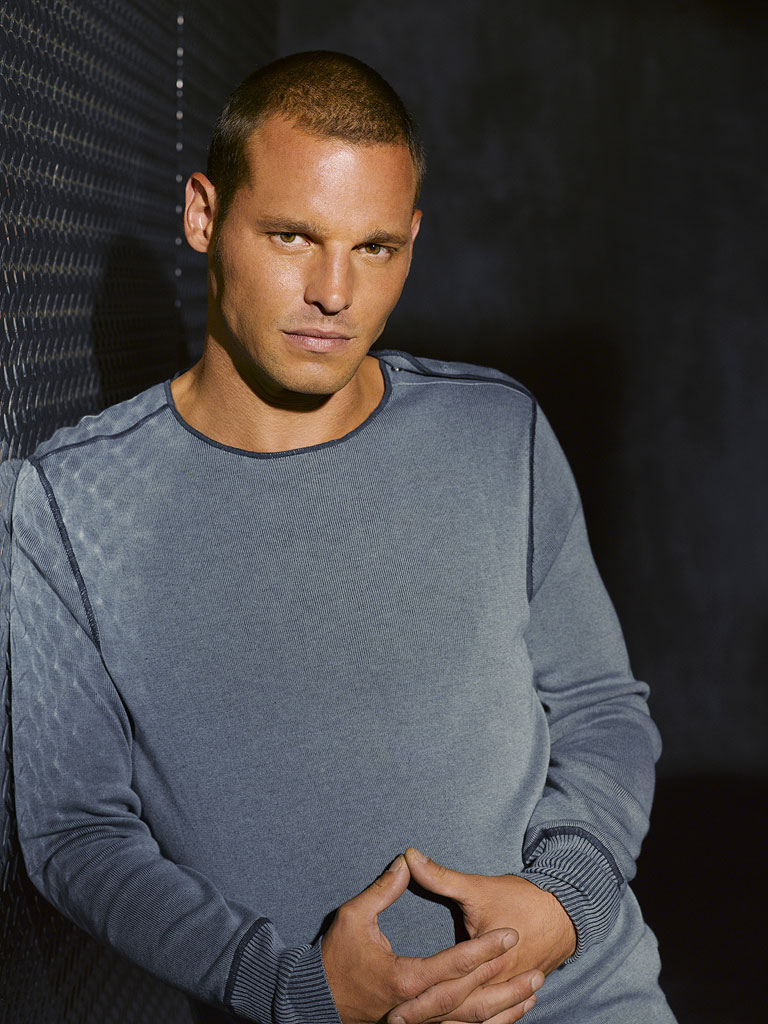 Justin Chambers stars as Alex Karev in Grey's Anatomy on ABC.
