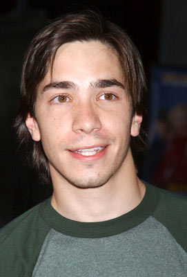 Premiere: Justin Long at the Hollywood premiere of Dreamworks' Anchorman - 6/28/2004