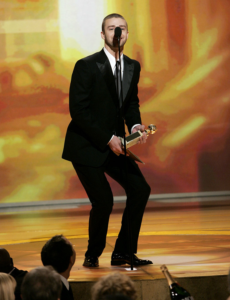 Justin Timberlake takes a swipe at Prince's stature at the 64th annual Golden Globe Awards.