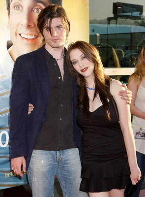 Premiere: Ira David Wood and Kat Dennings at the Hollywood premiere of Universal Pictures' The 40-Year-Old Virgin - 8/11/2005