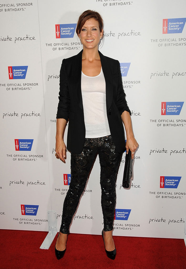 Kate Walsh arrives at a special dinner to Blow Out Cancer hosted Private Practice at Spago on September 21, 2009 in Beverly Hills, California.