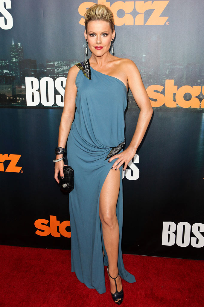 "Kathleen Robertson arrives at the premiere of Starz's ""Boss"" at ArcLight Cinemas on October 6, 2011 in Hollywood, California."