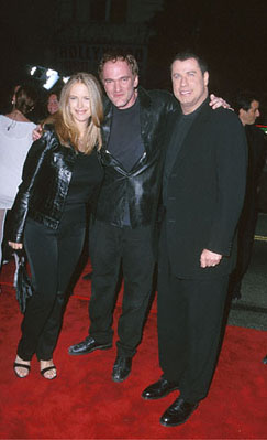 Premiere: Kelly Preston, Quentin Tarantino and John Travolta at the Mann's Chinese Theater premiere of Warner Brothers' Battlefield Earth - 5/10/2000