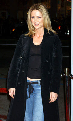 Premiere: Kelly Rowan at the Hollywood premiere of Warner Bros. Pictures' Constantine - 2/16/2005