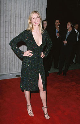 Premiere: Kelly Rutherford at the premiere for Dimension's Scream 3 - 2/3/2000