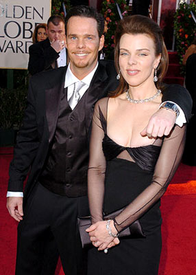 Kevin Dillon and Debi Mazar 62nd Annual Golden Globe Awards - Arrivals Beverly Hills, CA - 1/16/05