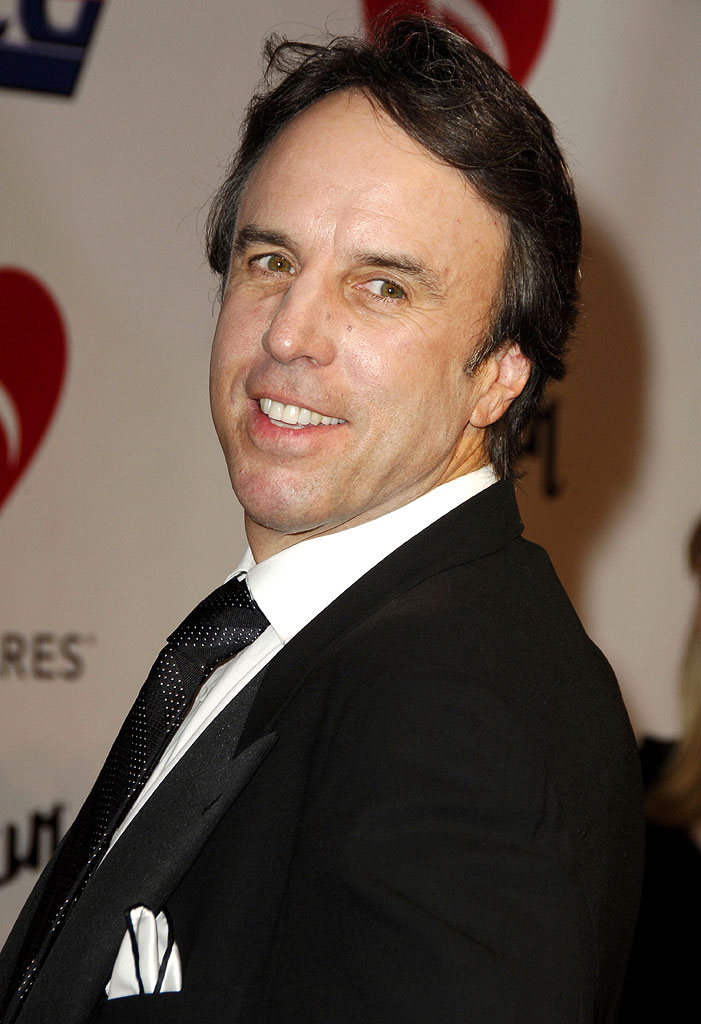 Kevin Nealon at the 2006 MusiCares Person of the Year - James Taylor.