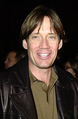 Premiere: Kevin Sorbo at the Beverly Hills premiere of USA Films' Traffic - 12/14/2000