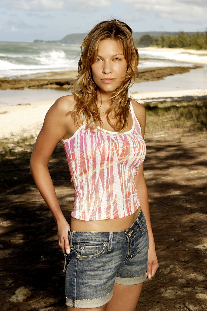 Kiele Sanchez stars as Nikki on Lost.