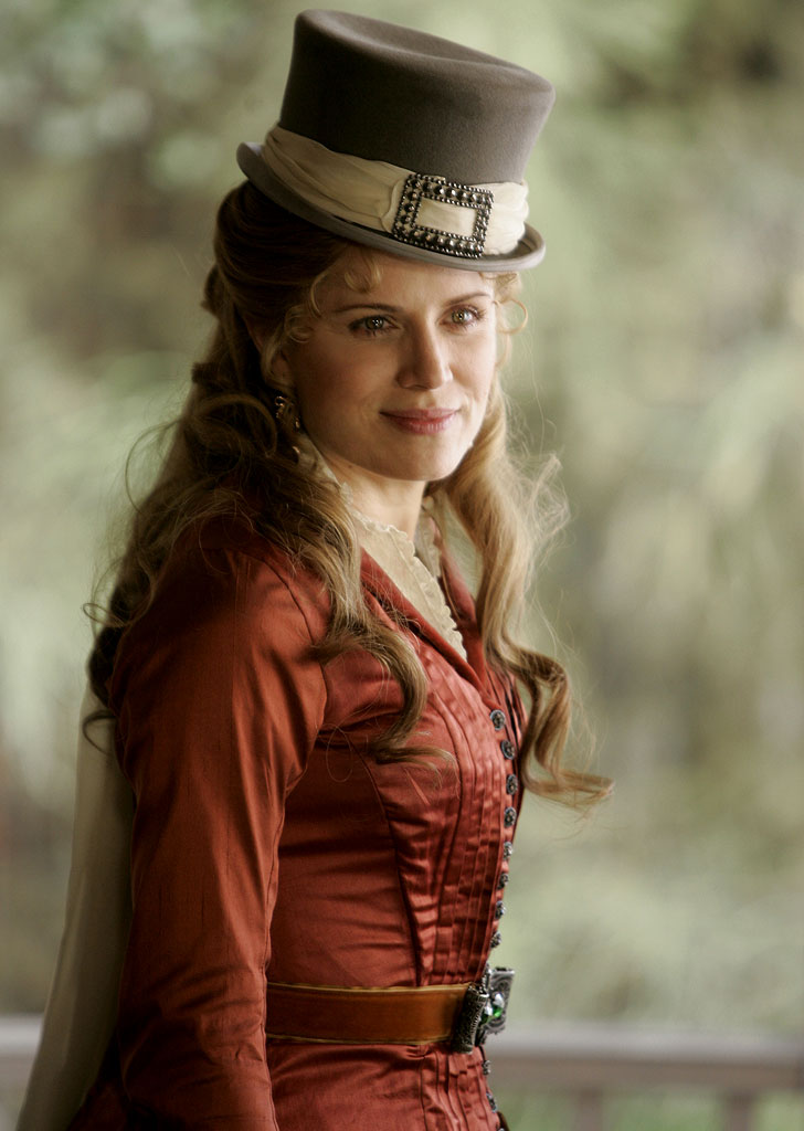 Kim Dickens stars in Deadwood on HBO.