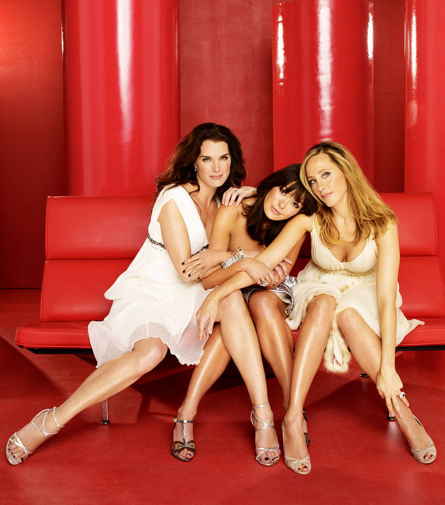 Brooke Shields as Wendy, Lindsay Price as Victory, and Kim Raver as Nico star in Lipstick Jungle.