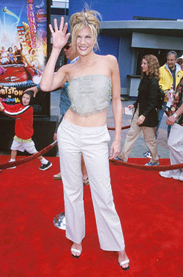 Premiere: Kristen Johnston succeeds Elizabeth Perkins as Wilma at the Universal Studios Cinema premiere of Universal's The Flintstones In Viva Rock Vegas in Los Angeles - 4/15/2000
