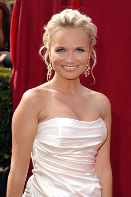 Kristen Chenoweth 57th Annual Emmy Awards Arrivals - 9/18/2005