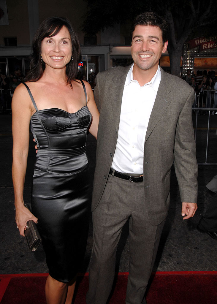 "Kyle Chandler and wife arrive at the Mann's Village Theatre for the Los Angeles Premiere of ""The Kingdom"" on September 17, 2007 in Westwood, California."