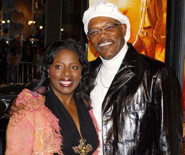 Premiere: LaTanya Richardson and Samuel L. Jackson at the Hollywood premiere of Paramount Pictures' Coach Carter - 1/13/2005