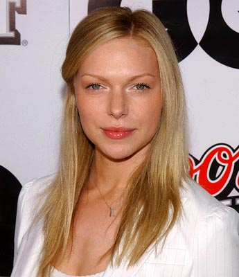 Premiere: Laura Prepon at the LA premiere of Miramax's Kill Bill Vol. 2 - 4/8/2004