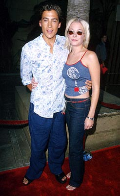 Premiere: Andrew Keegan and LeAnn Rimes at the Egyptian Theatre premiere of Sony Pictures Classics' The Broken Hearts Club - 7/17/2000