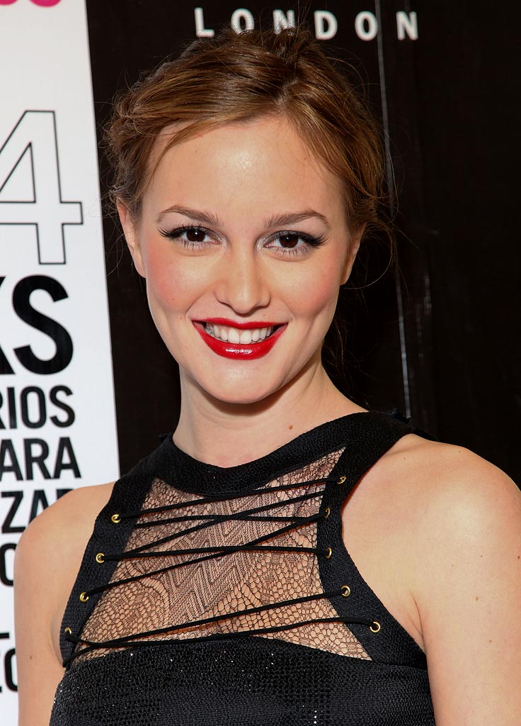 Leighton Meester attends the Nylon Mexico magazine launch cocktail party on January 24, 2009 in Mexico City.