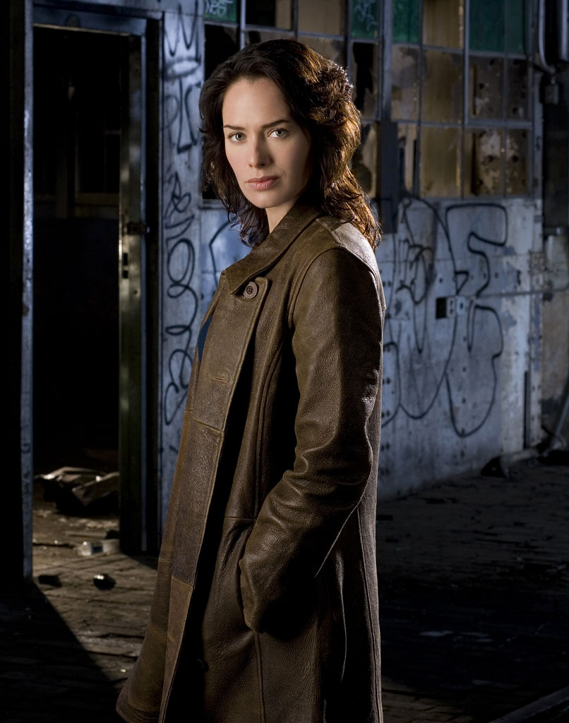 Lena Headey stars as Sarah Connor in Sarah Connor Chronicles.