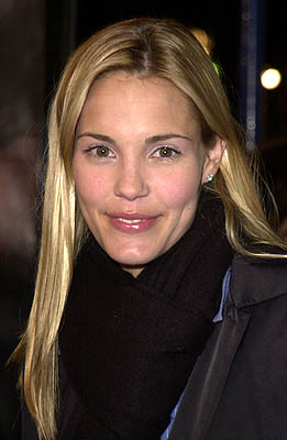 Premiere: Leslie Bibb at the Mann Village Theater premiere of MGM's Hannibal - 2/1/2001