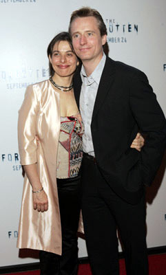 Premiere: Linus Roache wife Rosalind Bennett at the New York premiere of Revolution Studios' The Forgotten - 9/21/2004
