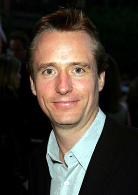 Premiere: Linus Roache at the New York premiere of Revolution Studios' The Forgotten - 9/21/2004