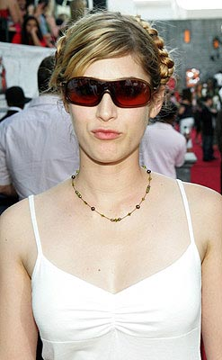 "Lizzy Caplan was on ""Freaks and Geeks"" a few times.  That was a good show. MTV Movie Awards - 6/5/2004"