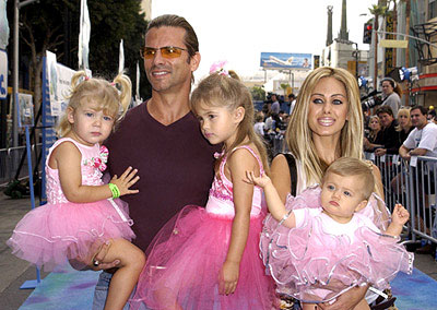 Premiere: Lorenzo Lamas and Shauna Sand Lamas and girls at the Hollywood premiere of Monsters, Inc. - 10/28/2001
